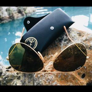 Ray Ban Large Metal Polarized Aviator Sunglasses