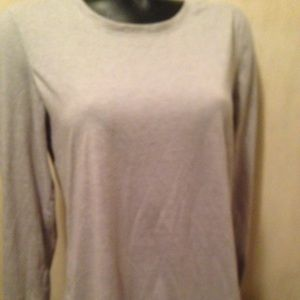 DANSKIN NOW loose fit GRAY LONG SLEEVES SIZE LARGE