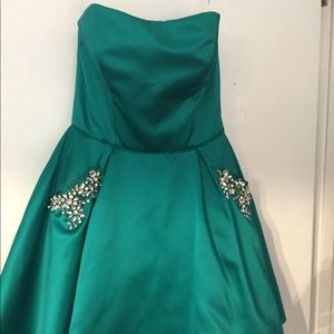 2017 Sherri Hill homecoming dress