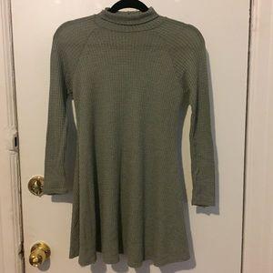 Green turtleneck dress