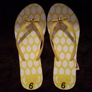 Kate Spade Flip flops size 9 NWT