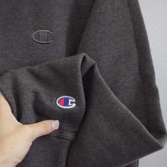 Champion Sweaters - Authentic Champion crew neck sweatshirt 9ea434145b85