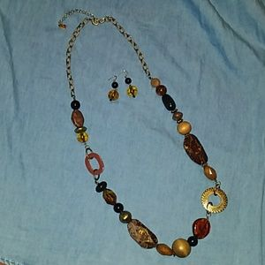 Brown long necklace new