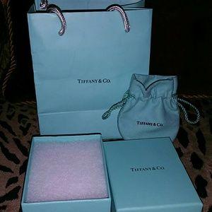 Tiffany shopping bag box &  puch