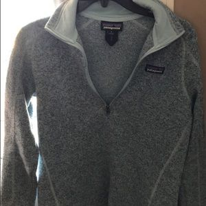 size small patagonia pullover