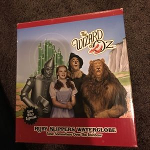Other - Wizard of oz water globe