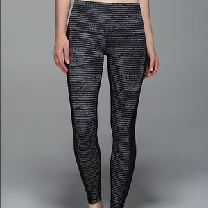 Rare Lululemon print/mesh leggings