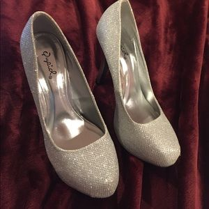Platform heels silver