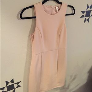 Forever XXI - NUDE/PINK Mini Cocktail Dress - SM