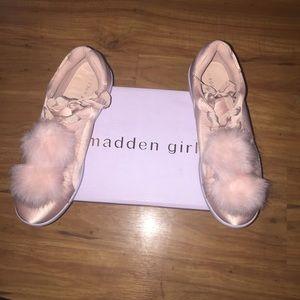 Madden girl pom sneakers