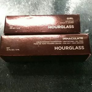 Hourglass mini lot lipstick and foundation