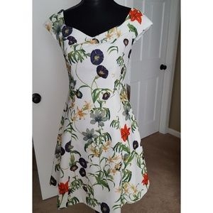 FLORAL FIT AND FLARE SUN DRESS