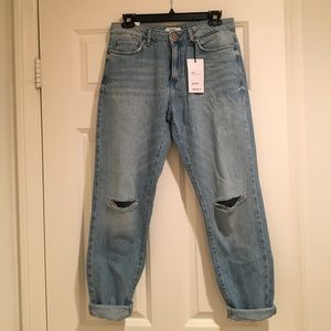 Forever 21 - Girlfriend Fit Denim Washed Jeans