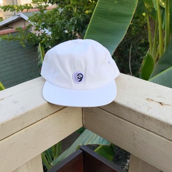 21b66310e59 ... SnapBack Dad Hat. M 59e806d4fbf6f960290b3afb