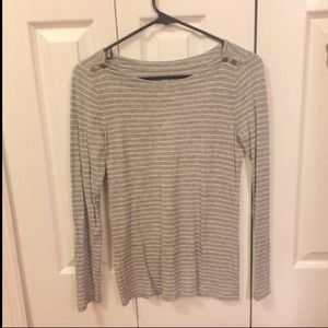Long-sleeves grey-white striped shirt