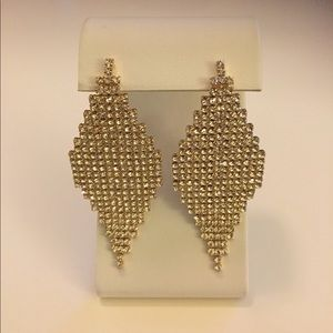 Jewelry - Gold fashion earrings