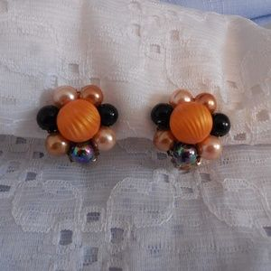 Vintage Clip On Cluster Earrings Japan
