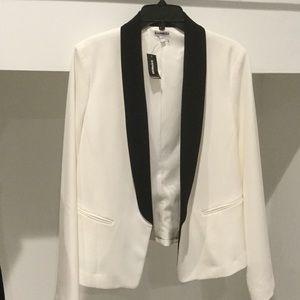 NWT sleek tuxedo style lined jacket