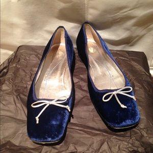 Kate Spade blue velvet flats sz 10