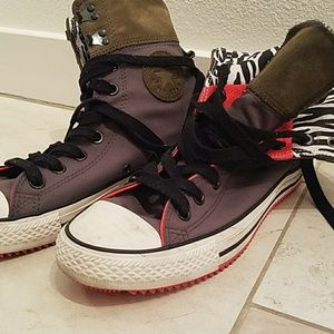 High top Converse collector's edition