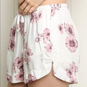 White Brandy Melville Eve Floral Cotton Shorts