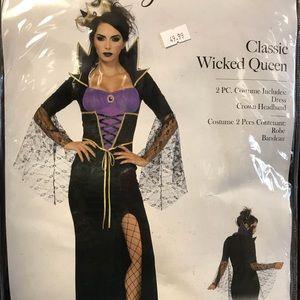 Halloween Costume Wicked Queen
