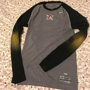 Big boys Dri-Fit Authentic collection Nike top!!