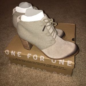 Brand New Toms Lunata Ankle Boot