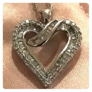 Jewelry - 1 karat NEW Diamond Heart Pendant Necklace