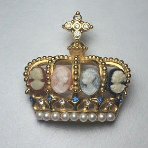 Jewelry - Vintage Gold Tone Crown Cameo Rhinestone Pin