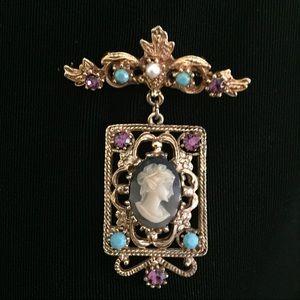 Jewelry - Vintage Filagree Amethyst Cameo Brooch