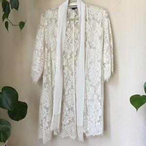 Stylestalker Lace Robe