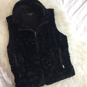 Faux fur Armani Exchange vest