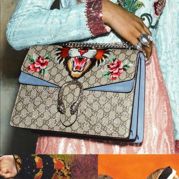 b625d600d72d Gucci Dionysus Embroidered GG Supreme Shoulder Bag