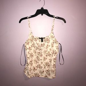 ✨NWT ✨Floral Cami Top