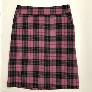 Downeast Black & Pink Plaid Skirt WITH POCKETS!