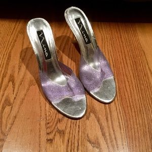 Nina Great condition Purple Sparkling Heel