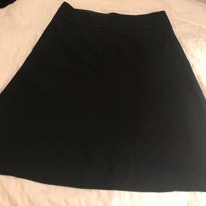 Banana Republic black skirt sz 6