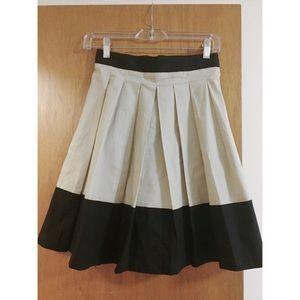 Brooklyn Industries Beige and Black Pleated Skirt