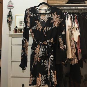 1ca82a09c720 Privacy Pleass dress.  35  165. REVOLVE - long sleeve wrap (S)