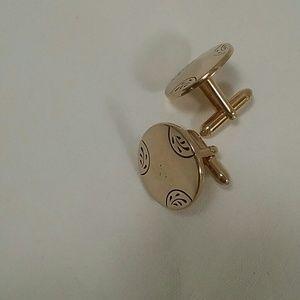 Vintage SWANK Gold tone 3/4 inch round cuff links