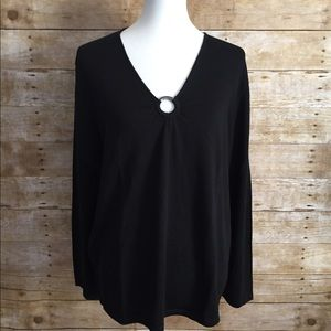Liz Claiborne Black Long Sleeve Pullover Top