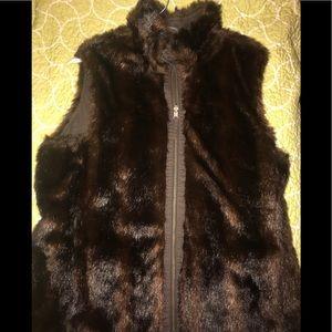Brown faux fur reversible vest size large Old Navy