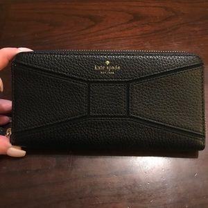 Kate Spade Neda Ziparound Wallet