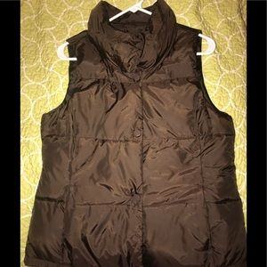 Brown puffer vest from Old Navy LIKE NEW