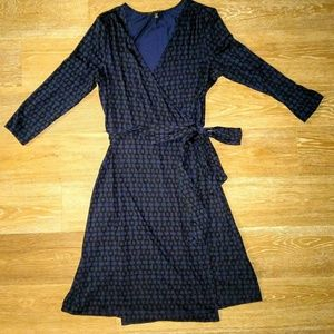 Banana Republic Navy and Black Wrap Dress