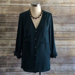 H&M Hunter green longsleeved blouse