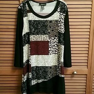Style & co Red and Black Tunic