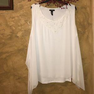 Woman's white top