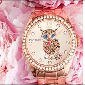 💕Betsey Johnson Rose Gold Owl Watch💕